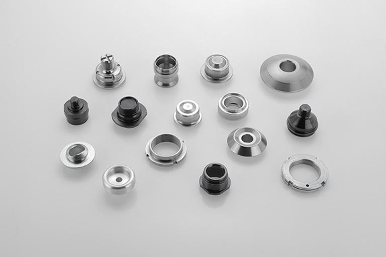 Servicio completo de fabricación de piezas, mecanizamos y aplicamos tratamientos superficiales